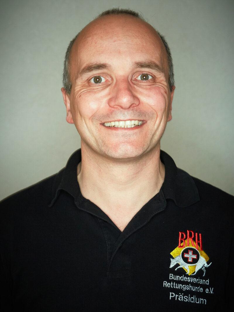 Juergen Schart Previcox