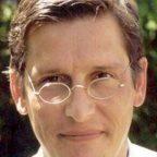 Dr. Florian König
